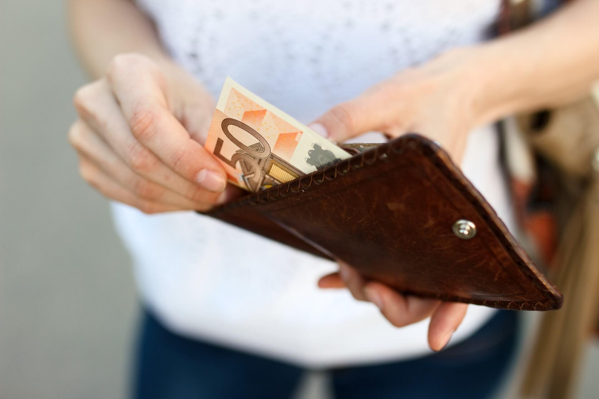 Räägime rahast: ligi veerand töötajatest on saanud sel aastal palgalisa 1