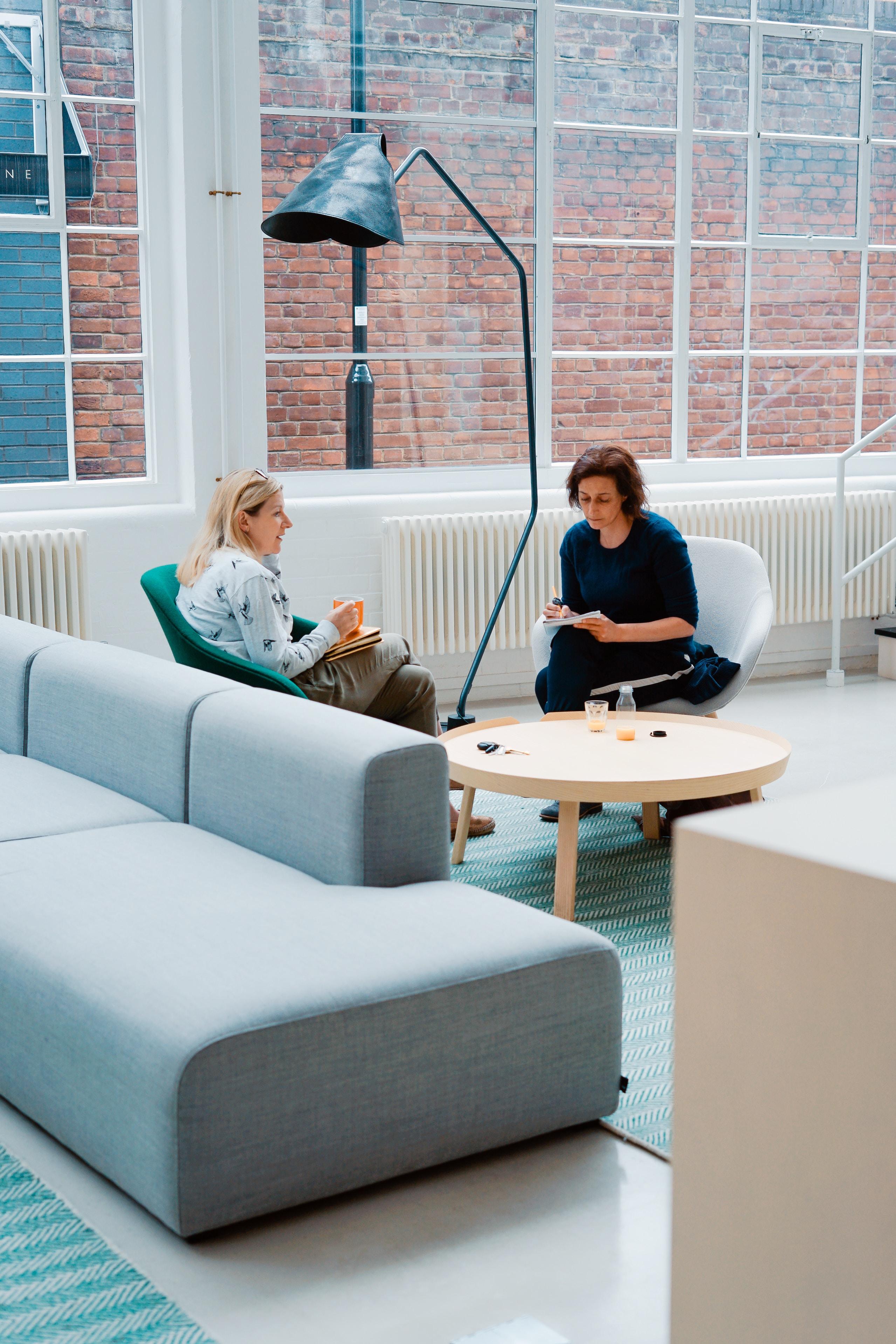 Tööotsijale teadmiseks: viis rasket küsimust, mida tööintervjuul küsitakse