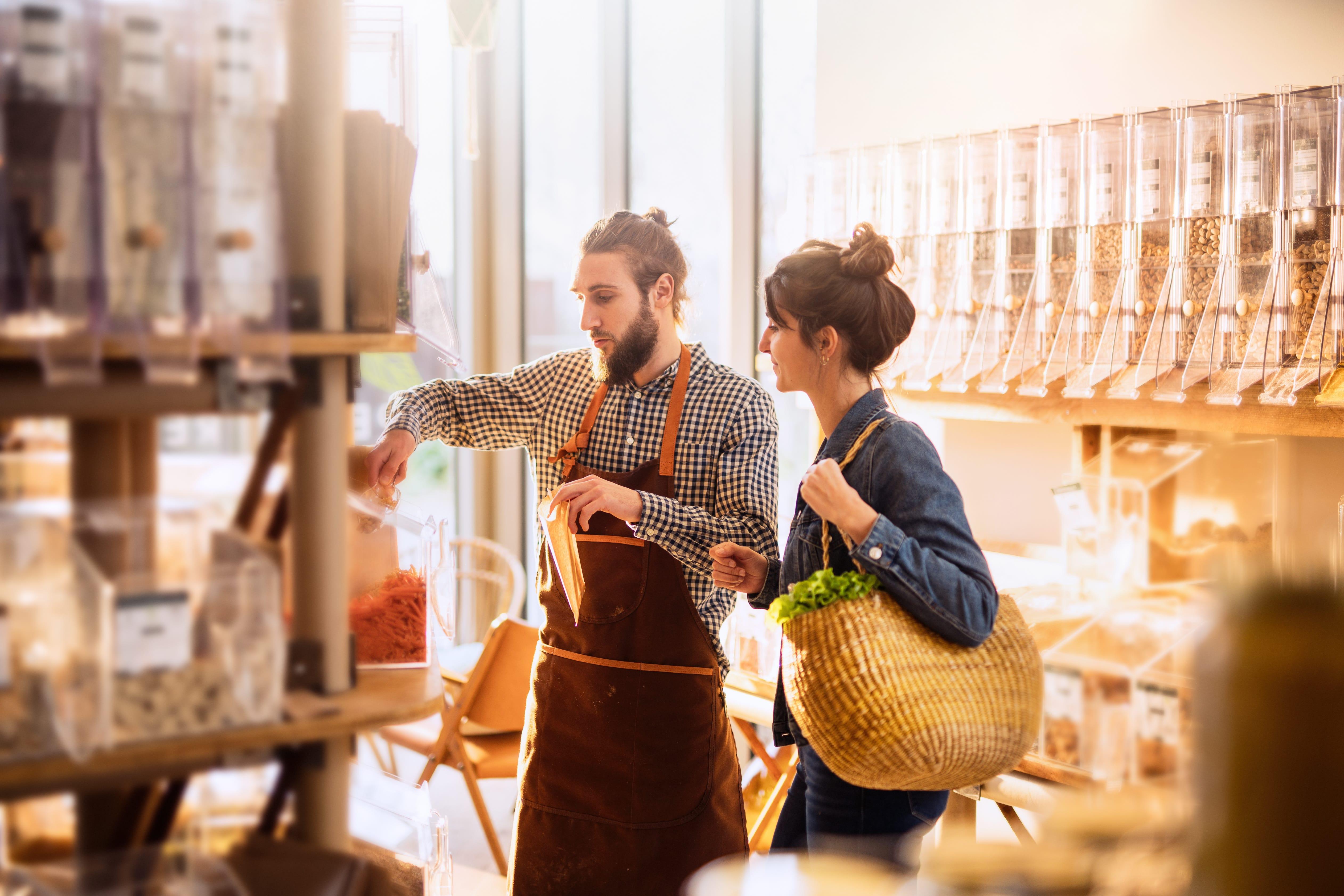 Top 5 tööandjad kaubandussektoris. Supermarketid rebivad esikoha pärast!