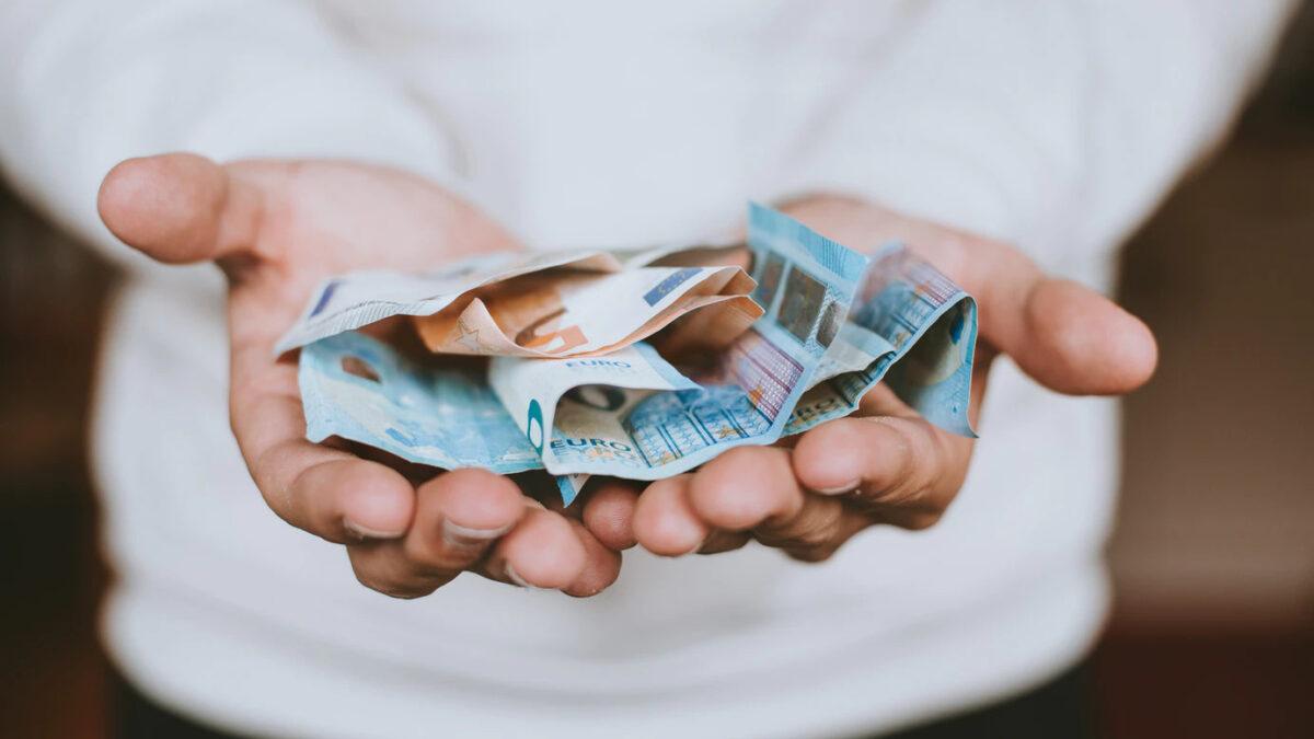 Palga avalikustamine töökuulutuses: poolt või vastu?